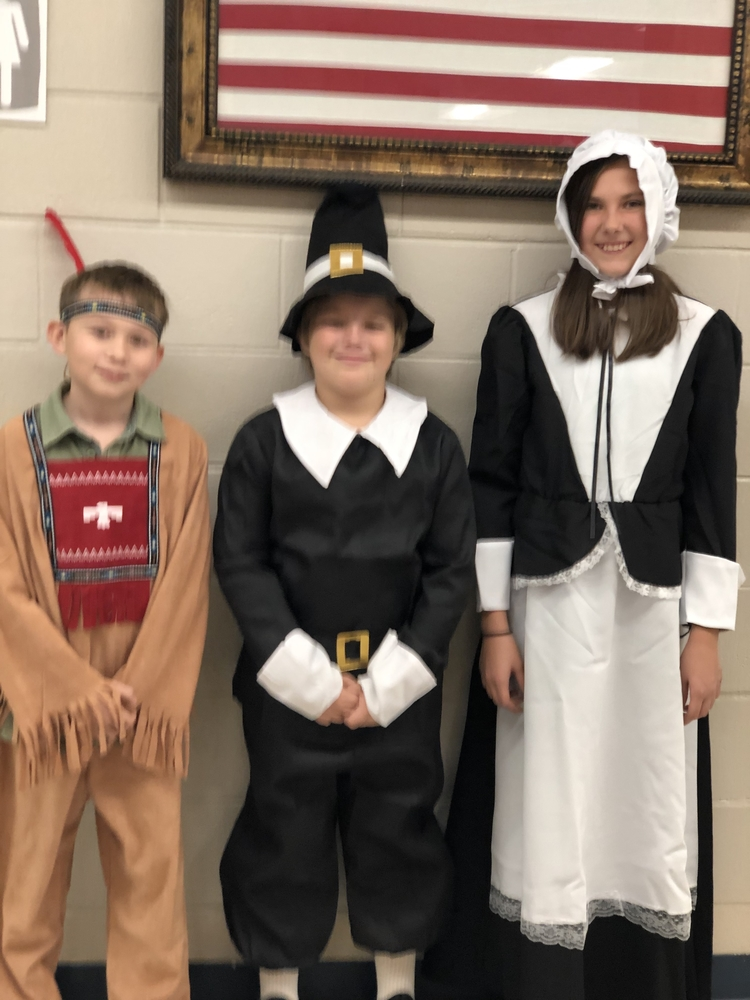 Singleton Elementary celebrates Thanksgiving
